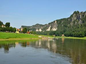 Plavba z Badschandau do Kurort Rathen parníkem je skvělým zážitekm.